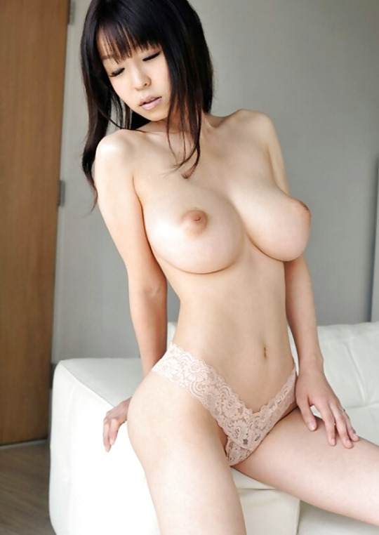 большие сиськи азиаток порно фото