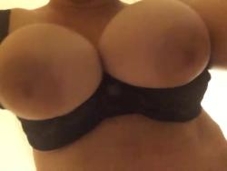My g[f]s big tits.