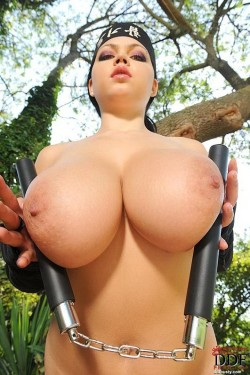 Ninja tits