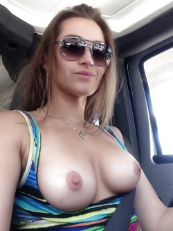 Perfect Boobs Car Flash!