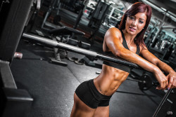 Rebecca Maughan in the weight room + looking good
