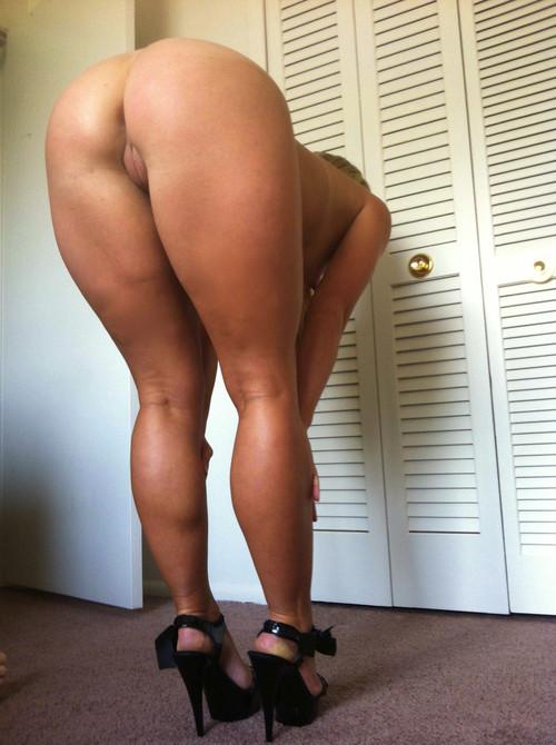 порно фото галереи обнаженные попки