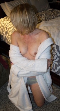 Shy 42y (F) looking to go wild - anyone game? pm tributes welcome!