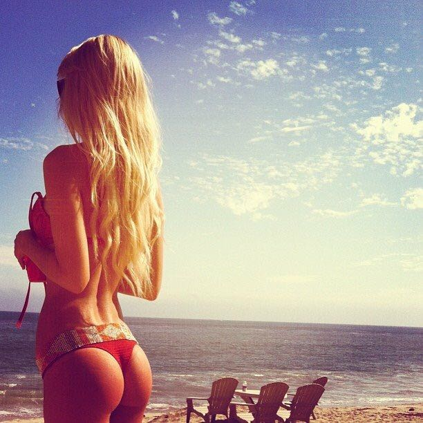 фото красивых девушек блондинок со спины ххх
