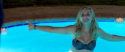 Amy Poehler's plot lines are great while in a bikini