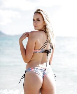 Thong bikini.