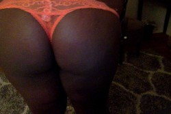 Where the ass lovers at?