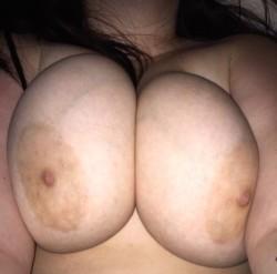 kiss my circle tits