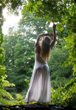 A woodland pose!