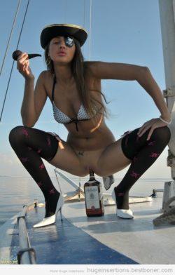 Ahoy [via /r/slutsandalcohols]