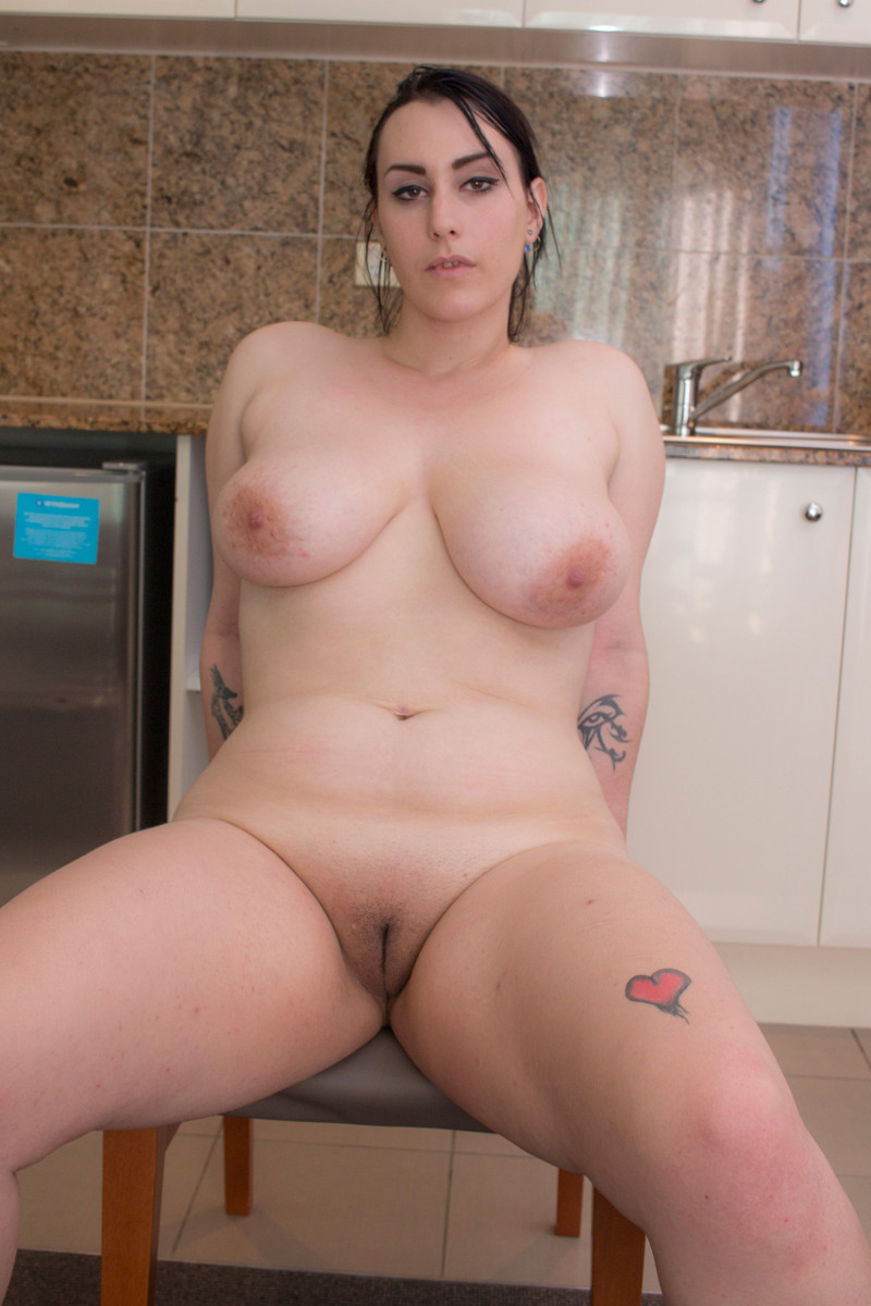 Busty Girl  Real Big Boobs free porn sex videos