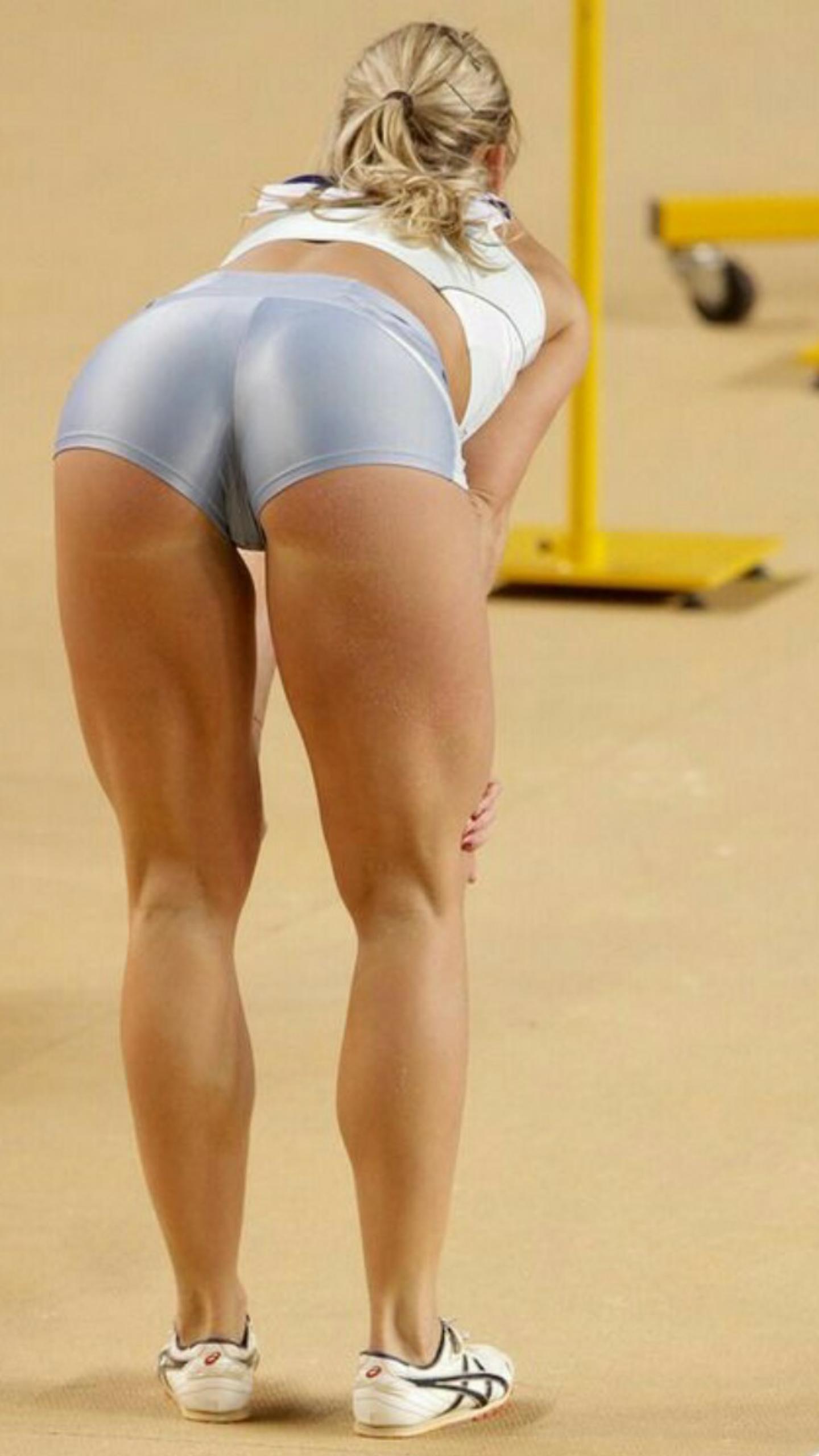Жопа спортсменки