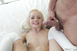 Elsa Jean's happy face (X-post /r/LegalTeensXXX)