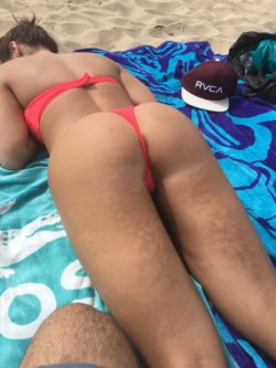 Fiancé agreed to wear a thong to crowded beach to tease the guys there. I think she enjoyed it just as much as I did. More submissions to come. She loves the attention