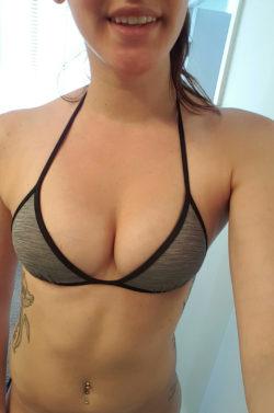 I got a new bikini top!