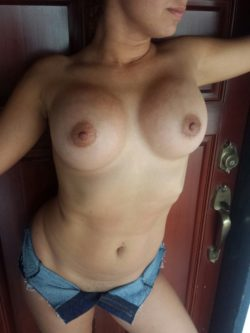 If you wanna cum your gotta get past me