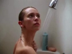 Jennifer Love Hewitt - Party of Five - Showering Plot