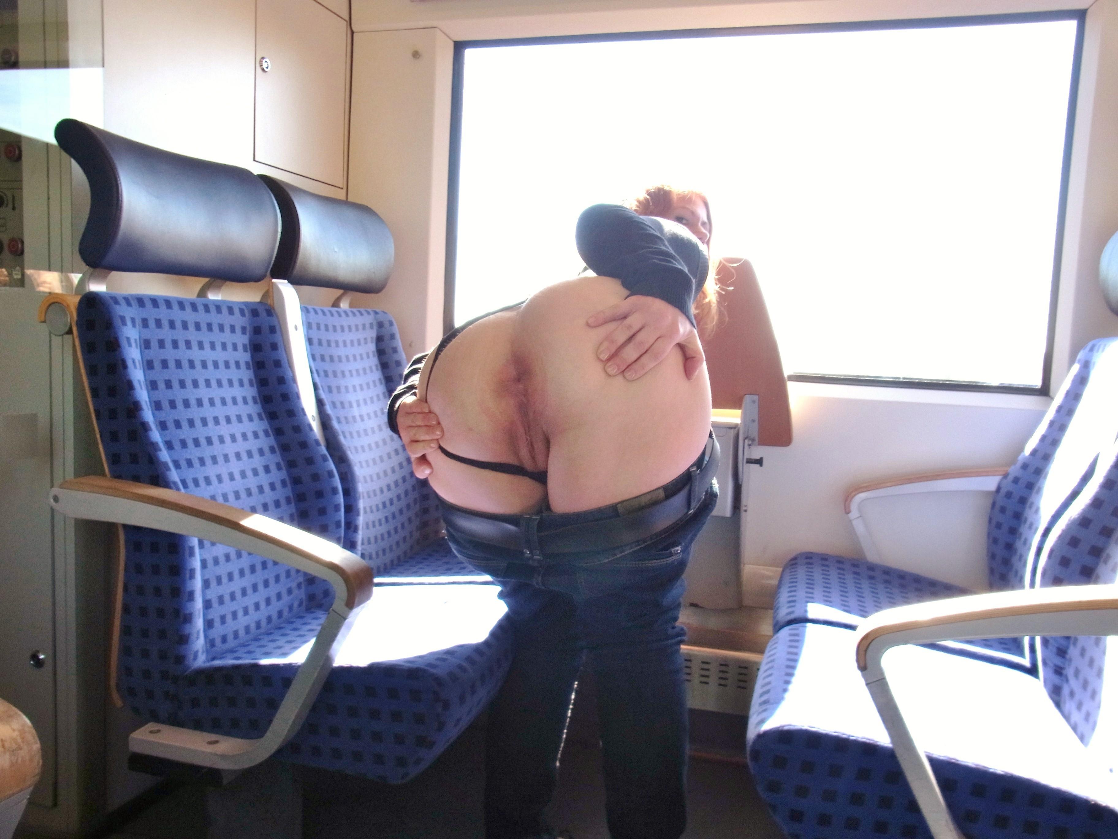 Шикарный секс в поезде 8 фотография