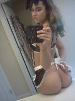 Self maid pic