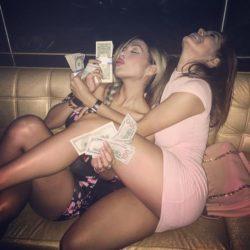 Sexy Latinas