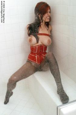 Shower Bound in a corset (AIC)