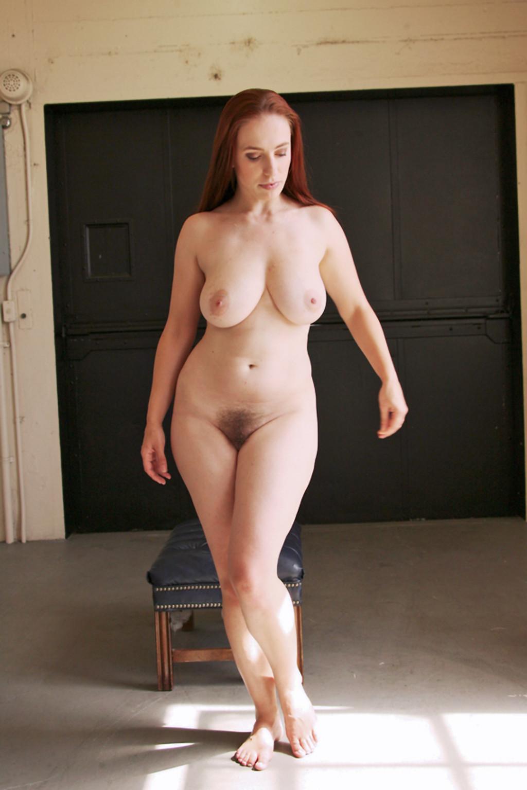 Фото голые бедра женщин