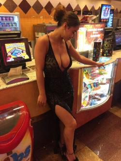 Thats a nice dress :)