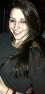 Amateur teen brunette BJ (AIC)
