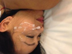 Asian MILF gets faced