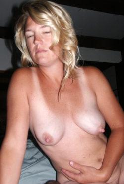 Blonde Amateur Mom Tits