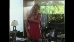 """Scarlett Johansson in """"He's Just Not That Into You"""" (2009)"""