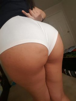 (F)east your eyes on this ass