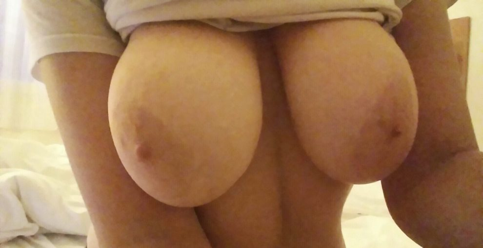 Happy titty Tuesday GWC! [f]