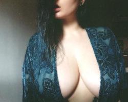 Huge boobs of Alyssa [gallery in comments]