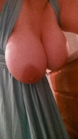 Just trying on my new dress [f]