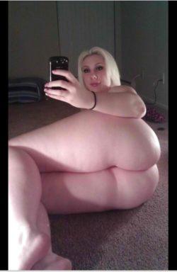 Pawg selfie
