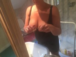 Stacked mum getting ready for fun...