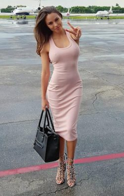 Tight dress and no bra