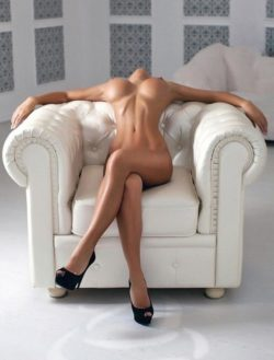 Elegant naked position