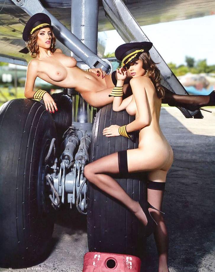 видеть откровенный стюардессы фото голые порно видео среди