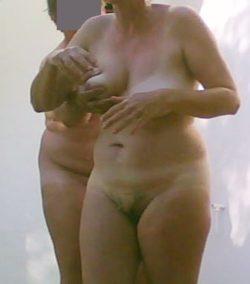 Grab that tits!