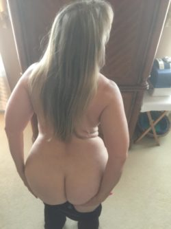Pawg wie u/hotmaya - she loves your comments