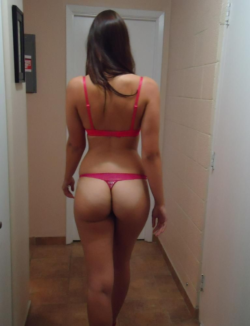 Perfect ass in the hallway