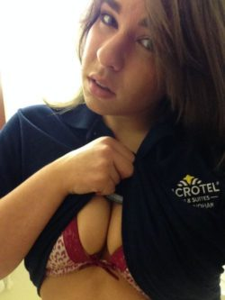 Room Service (via r/WomenAtWork/)