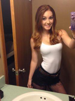 A Natalie Lust selfie