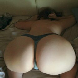 A big butt in the bed