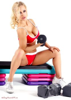 Everyday is arm day - by Jenny Poussin