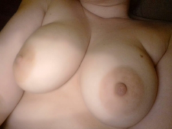 Get my nipples nice and hard.x (f)
