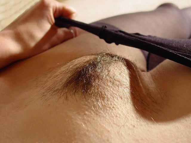 волосы у женщин на лобке фото