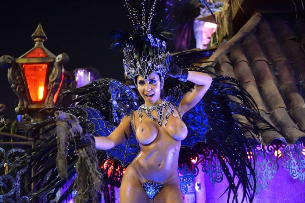 эро фото карнавал бразили